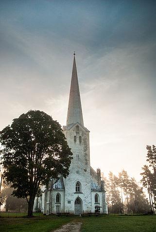 Tarvastu_kirik